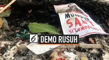 Massa yang mengatasnamakan Himpunan Aktivis Indonesia menggelar aksi unjuk rasa mendukung revisi UU KPK.