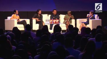 Para sineas seperti Ody Mulya Hidayat, Sheila Timothy, Angga Dwimas Sasongko, serta novelis Pidi Baiq berkumpul di acara XYZ Day 2018.