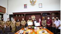 Pemkot Makassar dan KPU Makassar teken MoU (Liputan6.com)