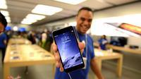 Dari total penjualan iPhone, seri iPhone 6 dan iPhone 6 Plus diklaim mampu mendorong peningkatan penjualan iPhone hingga 40%.