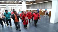 Cawagub Jawa Timur Puti Guntur Soekarno berkunjung ke bandara Banyuwangi (Foto:Liputan6.com/Dian K)
