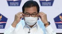 Juru Bicara Satgas Penanganan COVID-19 Wiku Adisasmito tegaskan pemerintah cermat dan ketat putuskan bekerjasama pengadaan vaksin COVID-19 saat konferensi pers di Kantor Presiden, Jakarta, Selasa (17/11/2020). (Biro Pers Sekretariat Presiden/Kris)