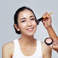 Ilustrasi makeup pilihan/copyright shutterstock
