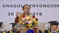 Menaker Hanif Dhakiri jadi pembicara dalam acara wisuda XIII UMN (Foto: Dok UMN)