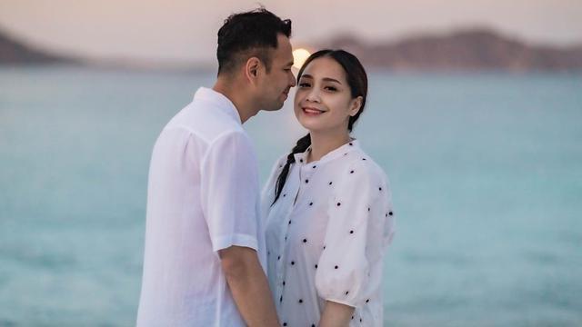 [Fimela] Potret Liburan Seru Keluarga Raffi Ahmad dan Nagita Slavina