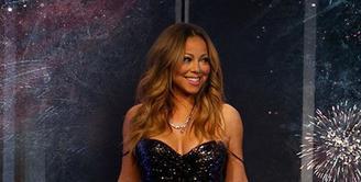 Hidup menjadi seorang Mariah Carey ternyata tidak mudah seperti yang dibayangkan. Ternyata Mariah harus membatasi jenis makanannya untuk bentuk tubuh yang ideal. (Instagram/Mariahcarey)
