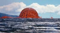 Gelembung besar berwarna merah darah pernah muncul di Hawaii. Apa gerangan? (USGS)