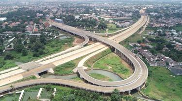 PT Jasa Marga (Persero) Tbk, melalui kelompok usahanya PT Cinere Serpong Jaya (CSJ) terus menyelesaikan pembangunan fisik atau konstruksi Jalan Tol Serpong-Cinere.