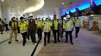 Kepala Staf Kepresidenan Dr. Moeldoko saat meninjau proyek pengembangan Kepala Staf Kepresidenan Dr. Moeldoko saat meninjau proyek pengembangan Bandara Internasional Lombok Zainuddin Abdul Madjid, Senin (7/6)., Senin (7/6/2021).
