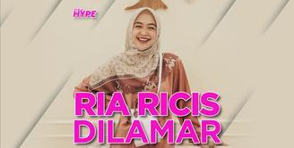 Ria Ricis dan Teuku Ryan Lamaran pada September 2021
