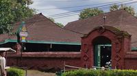 Penampakan Masjid Agung Sang Cipta Rasa Cirebon yang memiliki banyak kisah dan cerita sejarah perkembangan Cirebon. Foto (Liputan6.com / Panji Prayitno)