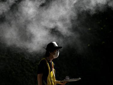 Foto: Melihat Kesibukan Relawan Olimpiade Tokyo 2020 yang Semakin Mendekati Hari-H di Tengah Pandemi COVID-19