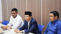 Gubernur Nusa Tengga Barat (NTB) Muhammad Zainul Majdi alias Tuan Guru Bajang (TGB) (tengah) saat berkunjung ke redaksi Liputan6 di SCTV Tower, Senayan, Jakarta, Selasa (3/78/2018). (Istimewa)