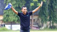 Irfan Jaya kembali berlatih bersama Persebaya, setelah menjalani libur kuranh lebih satu bulan. (Bola.com/Aditya Wany)