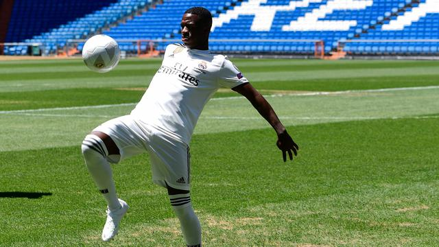 Skil Vinicius Jr saat Diperkenalkan Real Madrid
