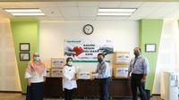 Jayaboard gunakan hasil penjualan buku 25 Design SOHO Inspiratif Karya Anak Bangsa Indonesia, Jayaboard Design Competition: 25 Hotel & Resort Indonesia dan melakukan penggalangan dana karyawan untuk mendonasikan sejumlah APD.