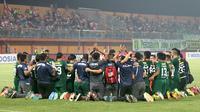 Persebaya merayakan kelolosan ke final Piala Presiden 2019. (Bola.com/Aditya Wany)
