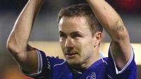 Mantan kapten Chelsea Dennis Wise berharap Morata banyak mencetak gol. (AFP / BORIS HORVAT)