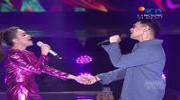 Rossa dan Afgan dalam duet mesra di Puncak HUT SCTV ke-29, di Ice BSD City, sabtu (24/2019)