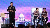 Cagub nomor 1, Agus Harimurti Yudhoyono memaparkan visi misi pada Debat Final Cagub DKI Jakarta di Bidakara, Jakarta, Jumat (10/2). (Liputan6.com/Faizal Fanani)