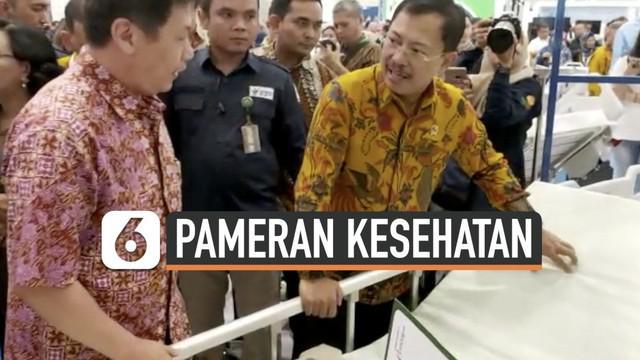 Menteri Kesehatan Republik Indonesia, Terawan Agus Putranto mengunjungi Pameran Pembangunan Kesehatan 2019 di ICE BSD pada Sabtu (9/11/2019). Ia bangga melihat banyaknya inovasi baru pada alat kesehatan di Indonesia.