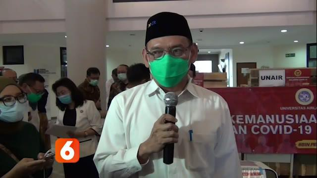 Unair Surabaya menemukan adanya virus corona jenis baru. Rektor Unair Surabaya Prof Dr Mohammad Nasih mengatakan, temuan itu menyusul penemuan 6 whole genome. Whole genome ditemukan dari identifikasi sidik 20 pasien positif Covid-19 pada Maret dan Ap...