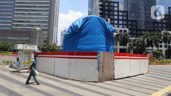 FOTO: Diisukan Mangkrak, Pembangunan Tugu Sepeda Masih Berlanjut
