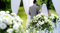 Ada sejumlah fenomena pernikahan yang berlangsung sangat cepat. Hubungan resmi itu bahkan ada yang terjalin hanya beberapa jam saja