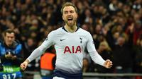 2. Christian Eriksen (Tottenham Totspur) - Dikabarkan Tottenham membandrol harga 70 juta pound untuk Eriksen untuk bisa dilabuhkan Manchester United ke Old Trafford. (Photo by Glyn Kirk / AFP)