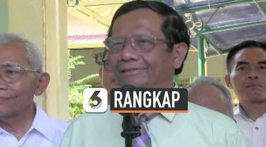 Mahfud MD mundur dari sejumlah lembaga agar bisa lebih fokus berkerja di Kabinet Indonesia Maju. Selain itu, pengunduran dirinya sesuai aturan terkait tidak boleh rangkap jabatan.