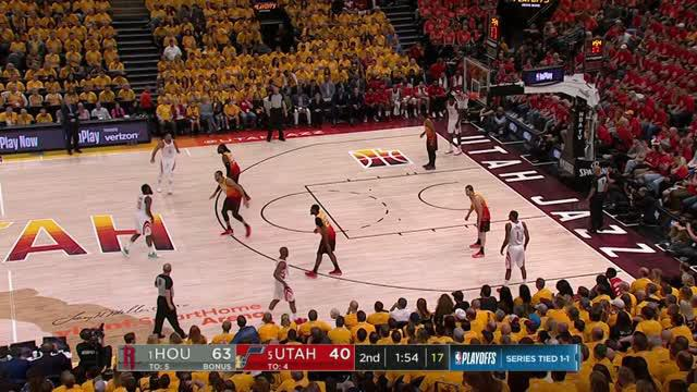 Berita video game recap NBA 2017-2018 antara Houston Rockets melawan Utah Jazz dengan skor 113-92.