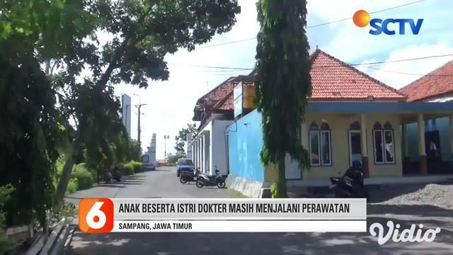 Seorang dokter berinisial DDY di Kabupaten Sampang, Jawa Timur diketahui meninggal dunia seusai terkonfirmasi positif virus corona pada Senin (15/6). Diketahui selain DDY, ayah dan ibu DDY juga meninggal dunia karena Covid-19 dalam kurun waktu berdek...