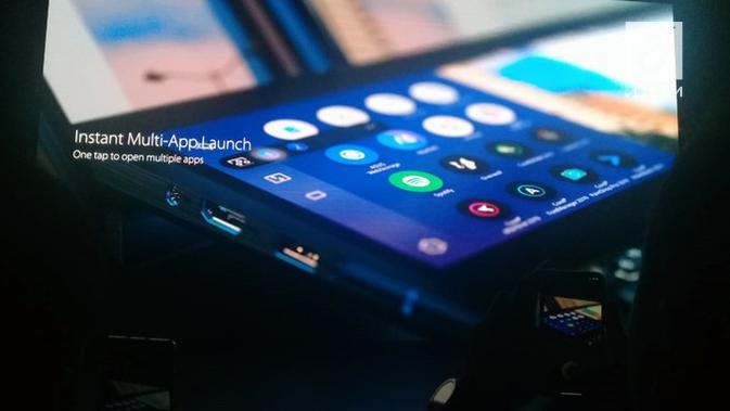 Asus pamerkan laptop terbarunya, ZenBook Pro Duo. (Liputan6.com/ Mario Flora)