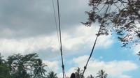 Gessica Kayane saat berfoto di Bali Swing pada 23 September 2019. (dok. instagram.com/gessicakayane/https://www.instagram.com/p/B2vReJ4AIeq/Novi Thedora)