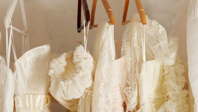 Tips Pembersihan Baju Pernikahan Dengan Mudah