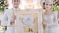 Momen Pernikahan Selebgram Nanda Arsyinta, Maskawin 305 Lot Saham Jadi Sorotan. (Sumber: Instagram/nandaarsynt)