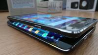 Foto Samsung  Galaxy S6 dan Galaxy S6 Edge (postslush.com)