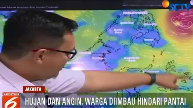 BMKG juga menghimbau kepada otoritas penerbangan untuk berhati-hati terkait sebaran debu vulkanik Gunung Anak Krakatau.