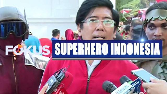 Aksi drama tari superhero asal Indonesia warnai acara penurunan bendera merah putih di Istana Merdeka.