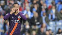 Bek Manchester City Danilo merayakan golnya ke gawang Huddersfield Town pada pekan ke-23 Liga Inggris di The John Smith's Stadium, Minggu (20/1/2019). (AP Photo/Rui Vieira)