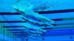Sejumlah perenang putri saat beraksi di nomor gaya bebas 1500m pada ajang Kejuaraan Akuatik Eropa di Duna Arena, Budapest, Hungaria, (20/5/2021).(AFP/Tobias Schwarz)