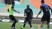 Pelatih Tira Persikabo, Rahmad Darmawan, menyebut timnya hanya melakukan persiapan biasa seperti melawan tim lain jelang bentrok kontra PSM Makassar. (dok. Tira Persikabo)
