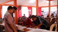 Rapat Pleno rekapitulasi perolehan suara Pemilu 2019 di KPU Pemalang, Jawa Tengah. (Foto: Liputan6.com/Polres Pemalang/Muhamad Ridlo)