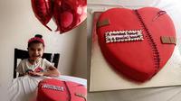 Brooklyn Ledesma (4) merayakan hari jadinya bersama jantung baru setelah mengalami cacat jantung bawaan saat umurnya masih 1 bulan (facebook.com/PrayingforBrooklynLedesma).
