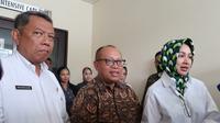 Dari kiri ke kanan: Wakil Walikota Tangsel Benyamin Davnie, Dirut BPJS Ketenagakerjaan Agus Susanto, dan Walikota Tangsel Airin Rachmi Diany. (foto: BPJS Ketenagakerjaan)