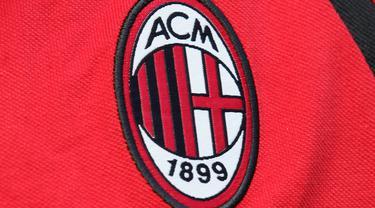 Logo dan ilustrasi AC Milan