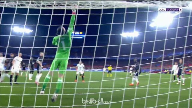 David De Gea tampil gemilang saat Manchester United menghadapi Sevilla di 16 besar Liga Champions. This video is presented by Ballball.