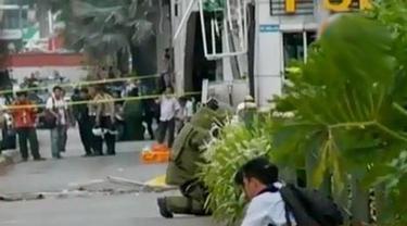 Olah TKP Bom Sarinah hingga Jokowi Tinjau Lokasi Ledakan Bom