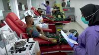 30 Perwira Secapa AD mengikuti kegiatan donor plasma di RSPAD Jakarta. (YouTube TNI AD)