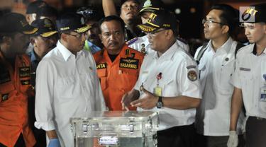 Menhub dan Kepala KNKT Konpers Temuan Black Box Lion Air